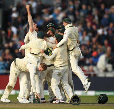 Ashes: Wade century in vain as England level series (Roundup)