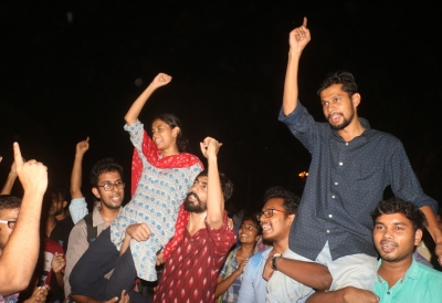 JNUSU flays V-C for not engaging with students