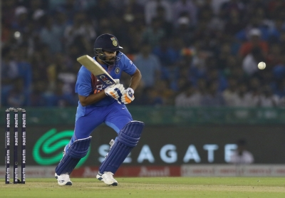 Kohli surpasses Rohit as all-time leading run-scorer in T20s