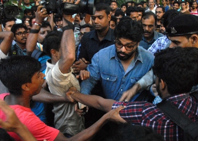 Babul Supriyo challenges Mamata to charge his assaulters