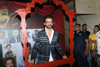 Sunil Grover loves playing women on screen