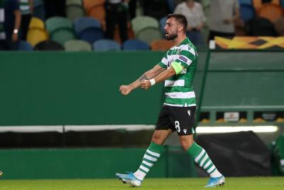 Bruno Fernandes emulates Ronaldo's 2006 feat at Old Trafford
