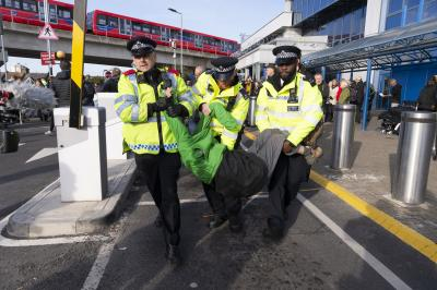Extinction Rebellion protests banned in London