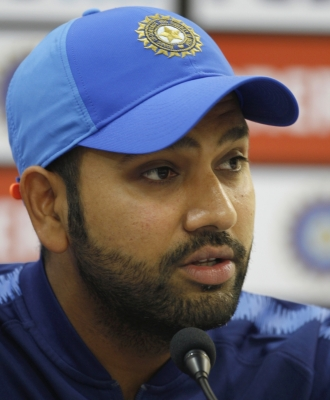 Rohit Sharma to lead over Kohli in Moody's World T20 XI