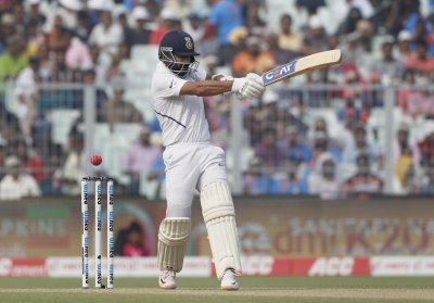 Rahane holds fort as India struggle on Day 1 of Wellington Test