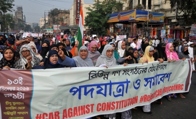 Tension prevails in Bengal amid anti-CAA protests (Lead)