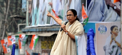Bengal assembly to pass anti-CAA resolution: Mamata (Lead)