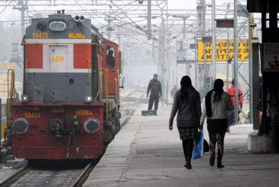 Student hit by train while clicking selfie, dies