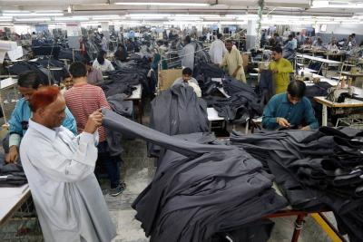 Textile body seeks customs duty hike on man-made yarns in Budget