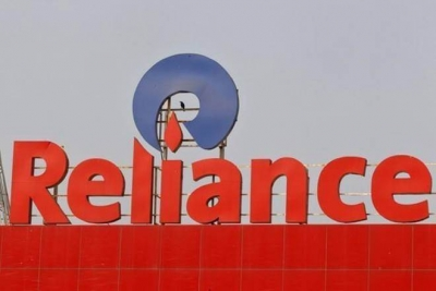 Govt-owned NABARD gives clean chit to Reliance Commercial Finance (Ld)