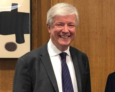 Lord Hall to step down as BBC's DG in summer