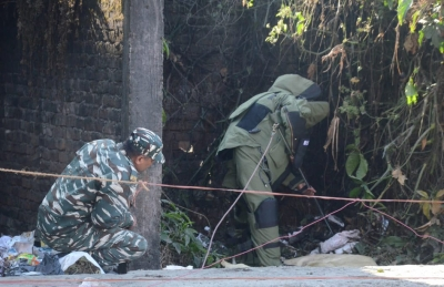 Security forces defuse IED in Kashmir's Pattan area
