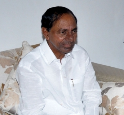 Telangana Guv interacts with pvt hospitals over Covid situation