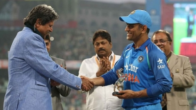 As his fan, would love to see Dhoni play in T20 WC: Kapil