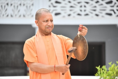 Yogi working 20 hours a day during Navratri to combat Covid-19