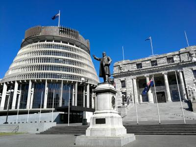 New Zealand Parliament to install solar panes