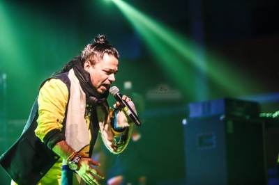 Kailash Kher plans a series of virtual concerts with music artistes