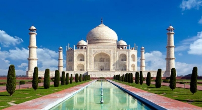 Spurt in corona cases as Taj Mahal reopens after 188 days