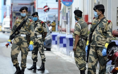 BSF foils bid to smuggle weapons, drugs from Pak in Jammu
