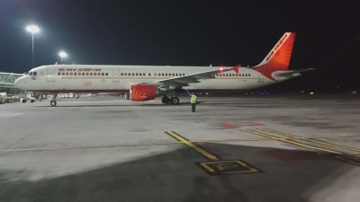 Air India pilots insist pay cut has to be across the board