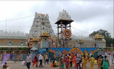 Row over Tirumala temple being open even as priests test Covid+