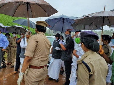 Two disasters in 48 hours has affected Kerala badly: Governor