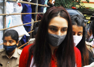 Sandalwood drugs case: SC notice on Ragini Dwivedi plea
