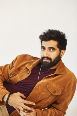 Akshay Oberoi: You look at Randeep Hooda and realise you don't need connections