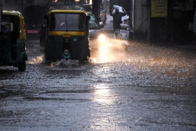 Bengaluru receives 75 mm rains, life hit in many areas
