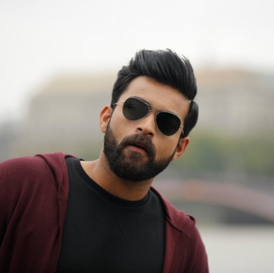 Varun Konidela's selfie is about his Monday mood