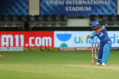 Dhawan acclimatised to the conditions quicker than others: Shreyas