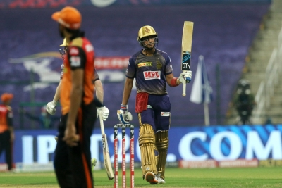 Gill stars as clinical KKR thrash SRH by 7 wkts (Lead)