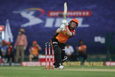 All credit goes to RCB bowlers, says captain Warner