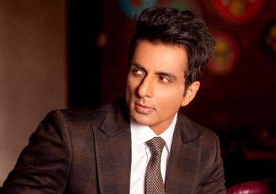 Actor Sonu Sood takes pledge to support blood cancer patients in India -  Daijiworld.com