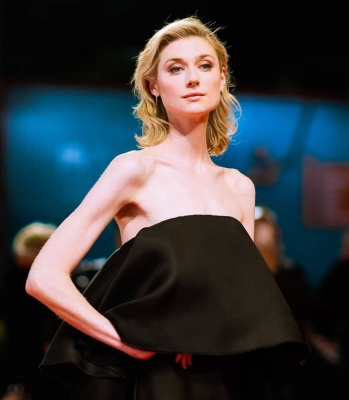 Elizabeth Debicki: Difficult resisting society pressure to look a certain way