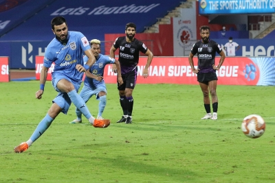 ISL: Mumbai decimate Odisha 6-1, set up league finale against Bagan