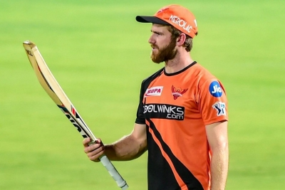 Williamson returns, Jadhav makes debut for SRH (Ld)