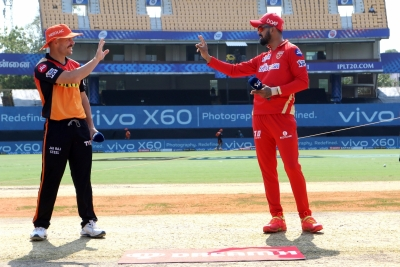 Punjab Kings choose to bat against SunRisers Hyderabad (Toss)
