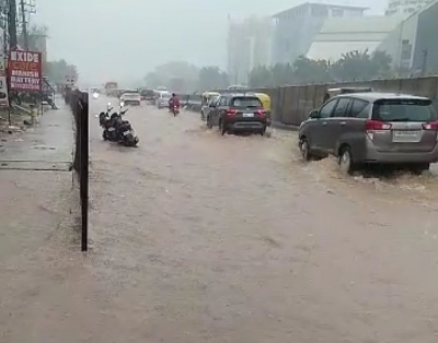 Gurugram: Heavy downpour lashes Gurugram, disrupts traffic movements in many areas.