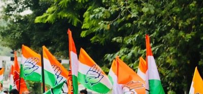 UP Cong draws BJP ire for distributing 'manifesto' outside mosques
