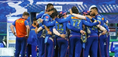 Conceding runs in death overs is not the problem: MI coach Bond.